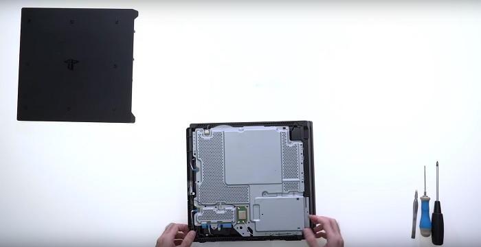 Conoce cómo es la PS4 Pro por dentro